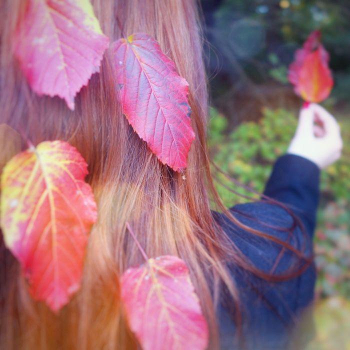 włosy jesień rude