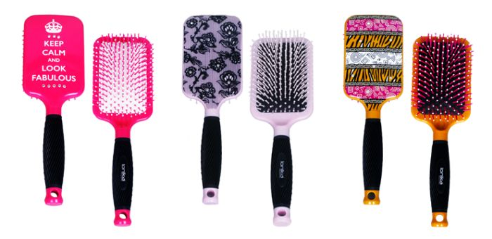 ionika paddle brush
